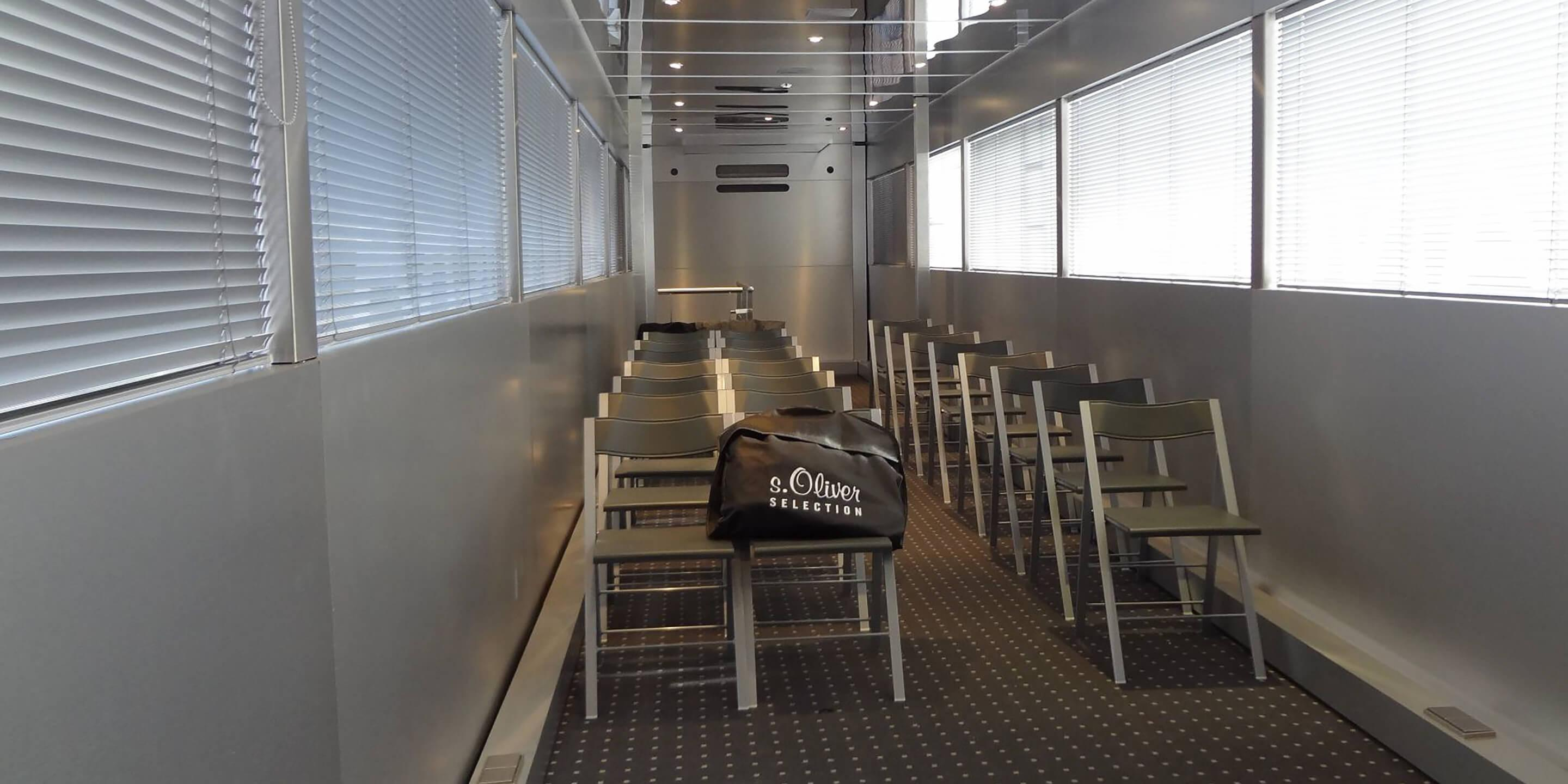 Exhibition Trailers: Endeavour Roadshow Truck Interior