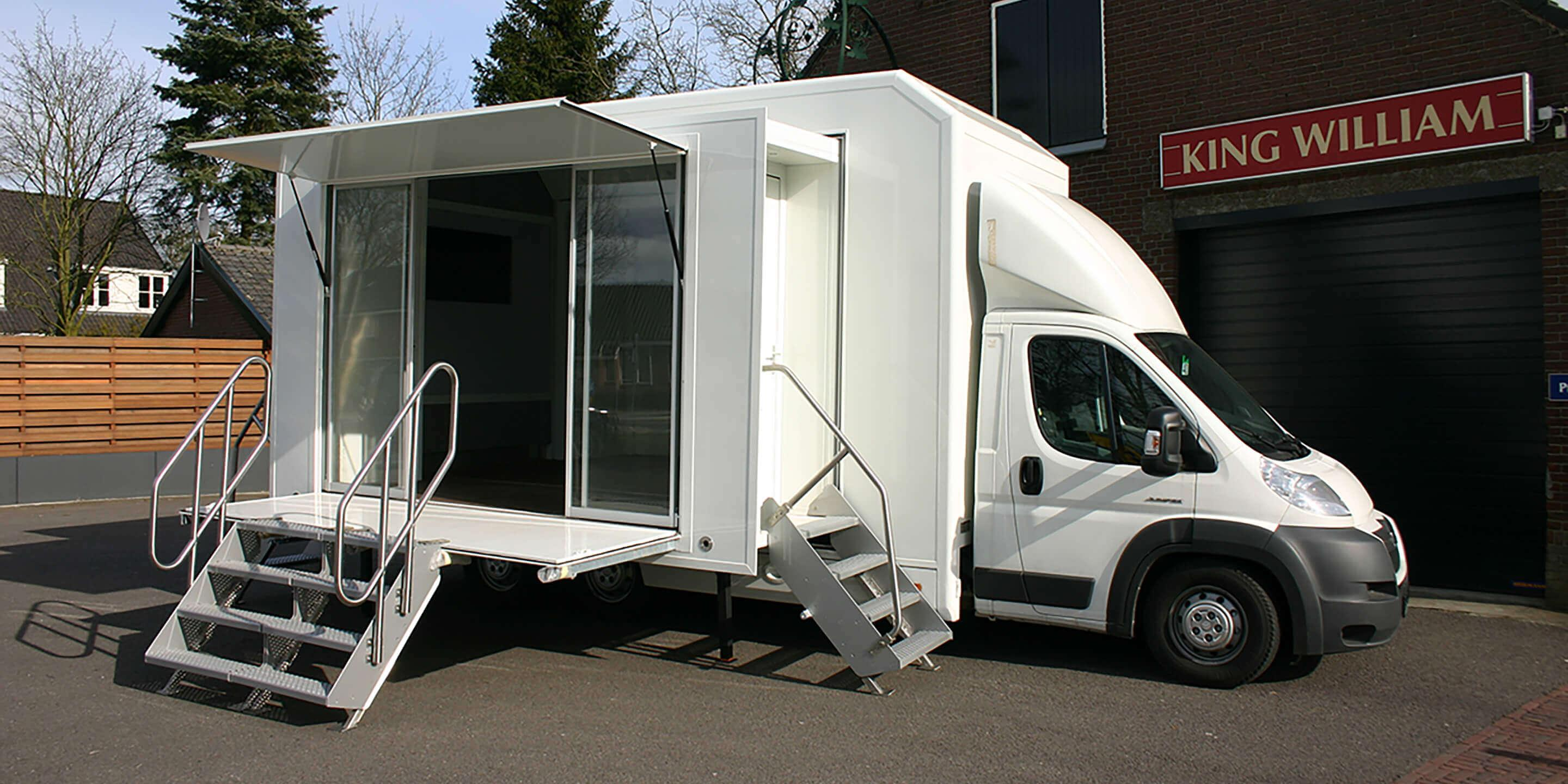 Exhibition Trailers: Relay Promotional Vehicle