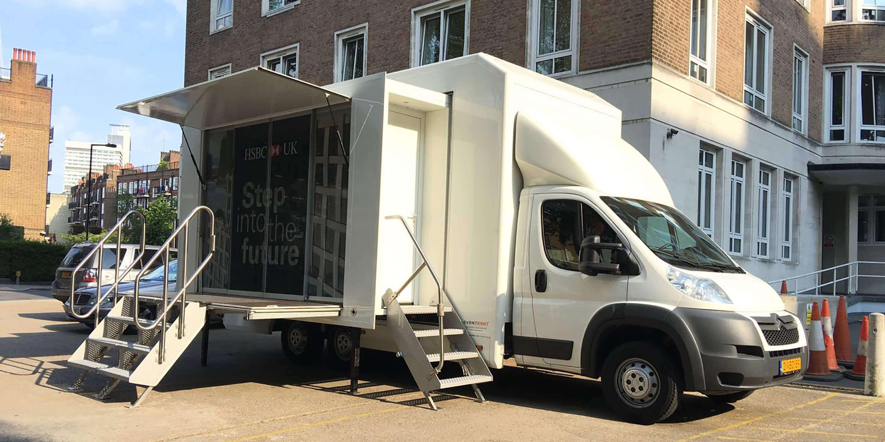 Exhibition Trailers: Relay Promotional Vehicle for HSBC Awareness Tour
